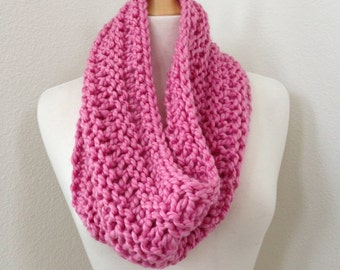 Chunky Knit Infinity Scarf Cowl in Petal Pink...