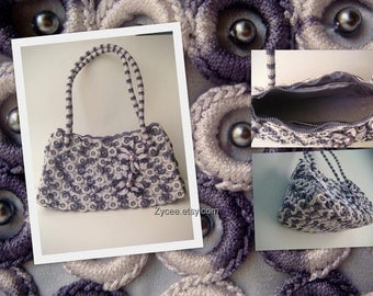 Purple crochet shoulder handbag, pearls flower, plastic rings