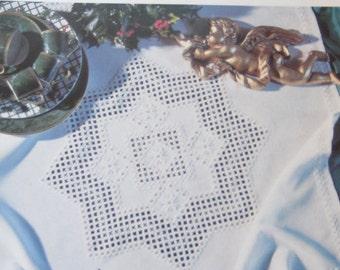 Intermezzo Weihnachtliche Hardanger Pattern Booklet German