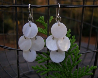 mother of pearl small shimmer earrings, pearly shimmer discs