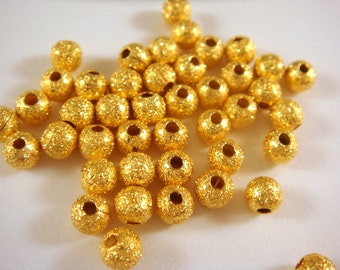 50 Gold Stardust Beads 4mm Round Brass - 50 pc - M7055-G50