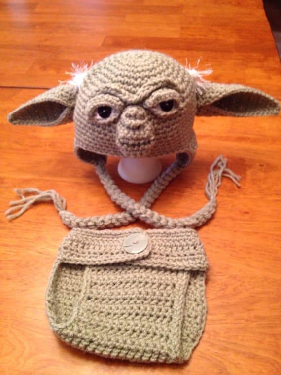 Free Crochet Pattern For Baby Yoda Hat : Crochet Newborn Yoda Hat and Diaper Cover Set by MamaJody54