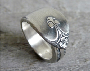 Spoon Ring, Exquisite Pattern from 1940 by Wm Rogers