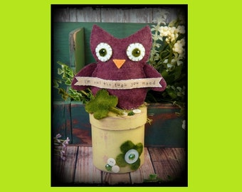 Irish OWL make do Pattern PDF - St. Patricks day wool felt pincushion pin keep cushion prim doll primitive