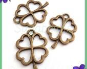 10 Antiqued Brass Four Leaf Clover Shamrocks 23mm, Clover Charms, Shamrock Charms, PB73