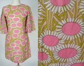 Vintage 60s Mod Pink Bright Daisy Dress White Green Butterfly Angel Sleeves Mini Dress Shift Tunic