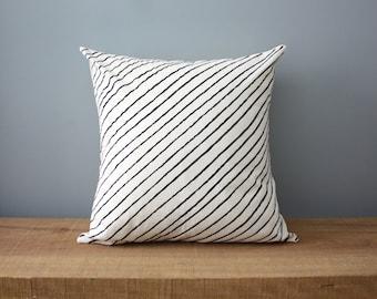 "18"" Organic Cotton Pillow - DIAGONAL STRIPE - housewares"