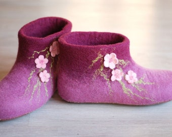 Wool shoes/ felted home slippers, MADE TO ORDER, any color and size