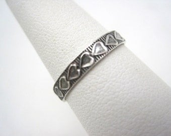 Vintage Eternity Sweetheart Ring - Sterling Silver Heart Band