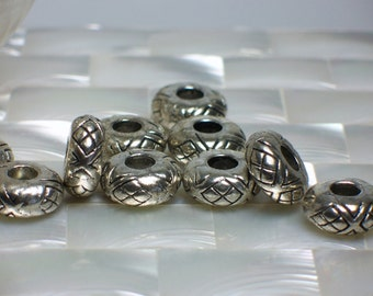 Rondelles, Jewelry Beads, 5pcs, Pewter beads, Donut Shape Beads, Jewelry Supplies, Jewellery Supplies, Silver tone