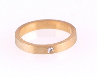 14k Yellow Gold Ring 3mm with a 1.7mm SI Surface Set Diamond, Size 3-6.75