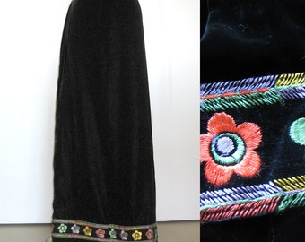 1960s Floor Length Black Velvet Skirt With Embroidered Flowers - Maxi Skirt - Ankle Length -