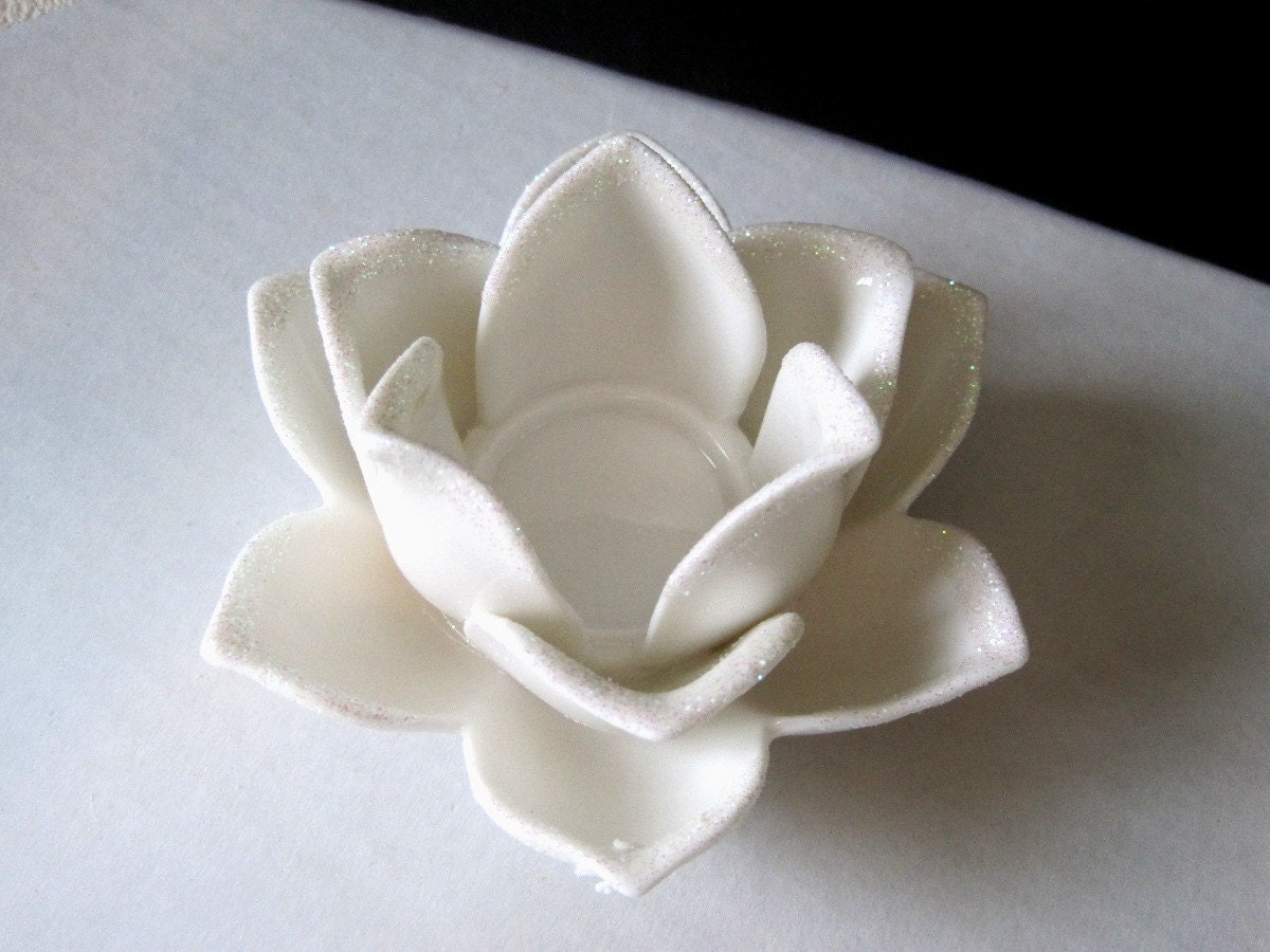White Ceramic Lotus Flower Candle Holder Tea Light Holder