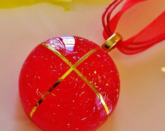 Shimmering Round Red Pendant w/Free Necklace, Red Necklace, Red Jewelry, Resin Jewelry, Resin Necklace, Handmade Jewelry, Jewellery