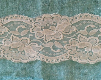WIDE Stretch Lace  IVORY -3 1/2  inch -2 yards for 4.19