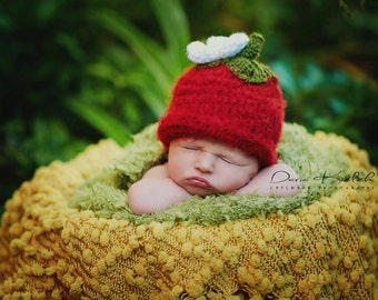 Crochet Strawberry Beanie - Newborn