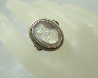 Vintage 800 Silver Ring Mother of Pearl Cameo Jewelry Antique R5633