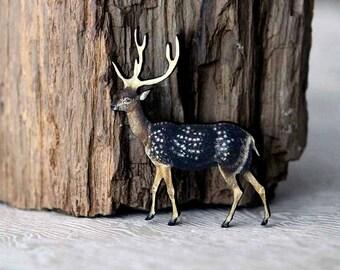 Deer Brooch  Stag with Antlers Pin  Woodland Animal Brooch  North American Wildlife Series  Reindeer  Caribou