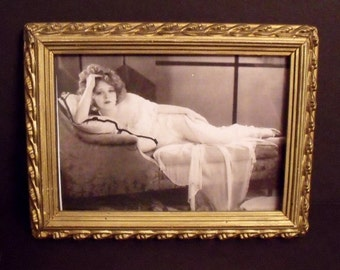 Aesthetic era giltwood and gesso frame - Victorian - 7.75 x 5.75 inches - Late 1800's