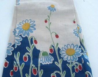 Vintage (1940s) Kitchen Towel - Floral Design