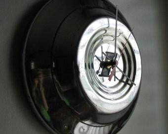 1951 Vintage Ford Hubcap Clock no.1827
