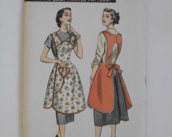 Vintage 50s Cover Up Apron Pattern Advance 7812 Size Small UNCUT