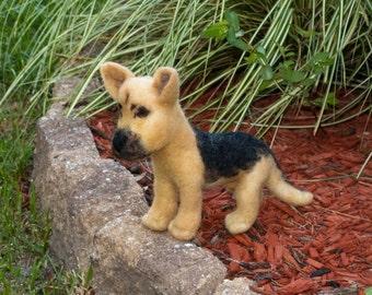 Needle Felted Dog German Shepherd Free Shipping Wool Sculpture Wool Fiber Sculpture