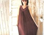 Indian Pleated Gauze Dress , Maxi Dress in Chocolate Brown , 70s vintage BOHO hippie caftan tent dress OSFM
