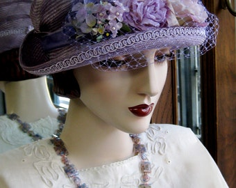 Le Petit Jardin Parasisal Cloche/ French Lavender
