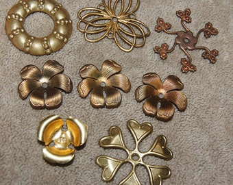 Vintage 8 Fancy Brass Art Deco Stylized Flower Findings  P1L 5
