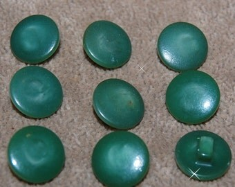 Vintage Lot of 9 Sap Green Self Shank Extra Fancy 14mm Buttons P3R