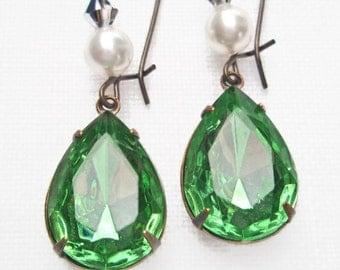Downton Abbey Inspired Jewelry - Peridot Green Crystal Pearl Drop Earrings - BELLE Peridot