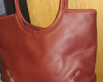 Brown Burgundy Faux Leather Handbag/Purse in Good Condition