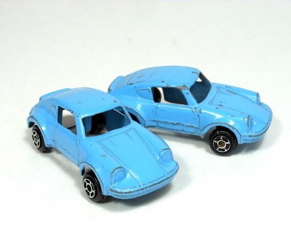 Vintage TOOTSIE Toy Diecast Car Vehicle Pair CHICAGO 2 Blue