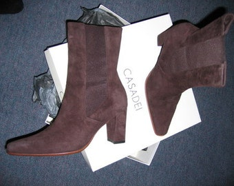 CASADEI Vintage CHOCOLATE SUEDE Boots Size 37 Perfect