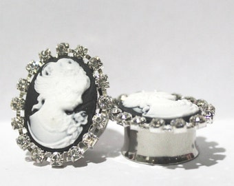"Oval Black And White Crystal Cameo Plugs 3/4"" 7/8"" 19mm 22mm"