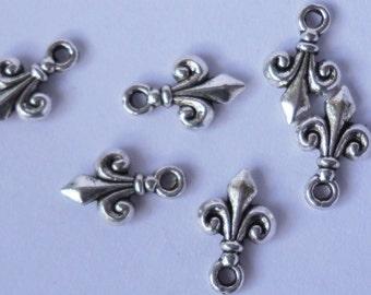 Bead Dangled Drops Fleur de lis  silver Charms Small dangle beads jewelry supplies