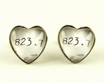Jane Austen Stud Earrings - Melvil Decimal System Library Classification - Heart Shaded Earrings - Literary Book Jewelry
