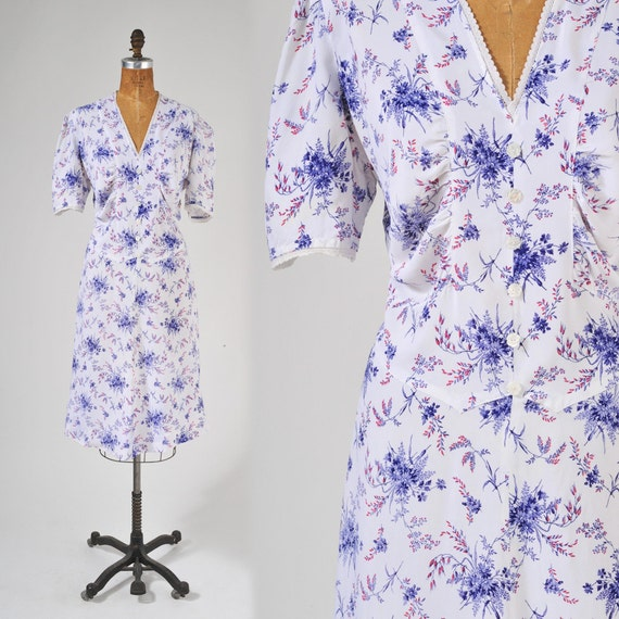 40's White Rayon Floral Dress: Vintage Day Dress Size Large