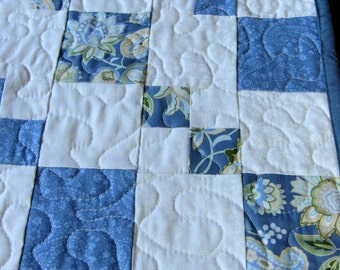 Quilted Table Runner, Patchwork Table Runner, Blue White Runner, Table Runner Cottage Chic