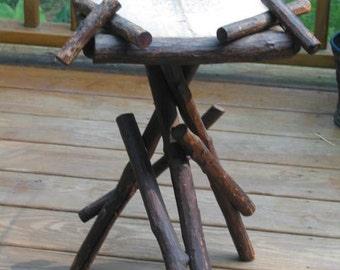 SALE!!!  antique primitive Adirondack branch twig folk art Table or Plant Stand Northeast estate