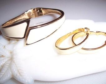 Vintage Goldette Enamel Bangle Clamper Bracelet & Matching Hoop Earrings Demi Parure