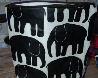 "BIG Elephant OIL CLOTH Wet, Swim, Baby Bag, pouch, waterproof, Finland, 12x12"", zipper"