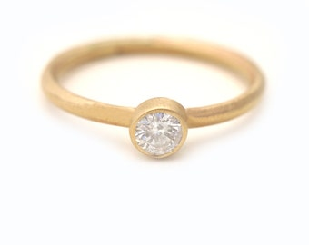 Recycle Gold Engagement Ring, Diamond Engagement  Ring, Diamond Ring, 4mm Diamond Ring, 14K solid Gold Ring