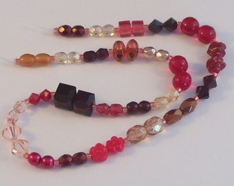 25 Pairs of Assorted Red, Orange, and Peach Beads // Accent Beads // Red Destash Bead Mix