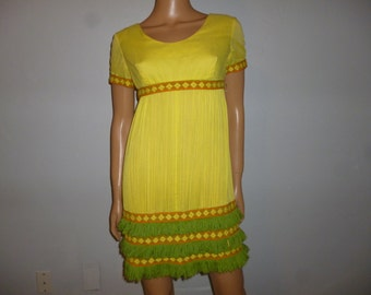 FRINGE Benefits - Vintage 60's - Yellow - Green - Orange - Crinkle Voile  - Empire Waist - Shift - FRINGE - Mini - Dress -  bust: 36""