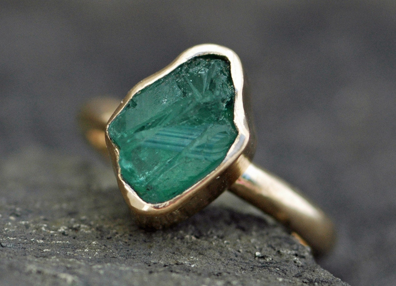 Rough Emerald In 18k Gold Ring Custom Made. 1ct Diamond Engagement Rings. Loop Rings. Unique Nature Wedding Rings. Translation Rings. Military Rings. Year Engagement Rings. Eragon Wedding Rings. Half Bezel Engagement Rings