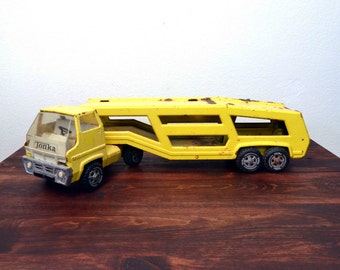 Vintage 1970s Tonka Truck Car Carrier Pressed Steel Toy