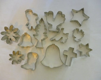 Set of 13 Christmas Themed Cookie Cutters, Xmas Cookies, Dog Biscuits