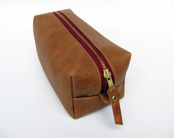Leather Dopp Kit / Leather Pouch / Travel Organizer- Heavy Duty Zipper- CUSTOM embossed zipper pull/Personalized Initials